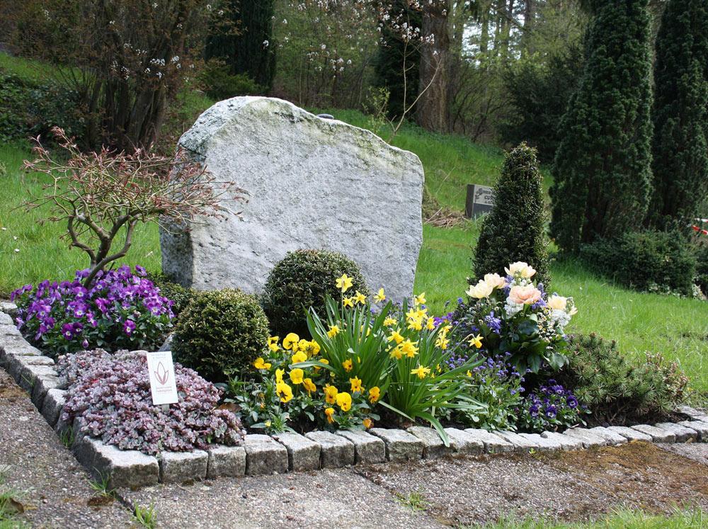 Blumen und Grabpflege Harburg Neugraben Foto Birgit Puck